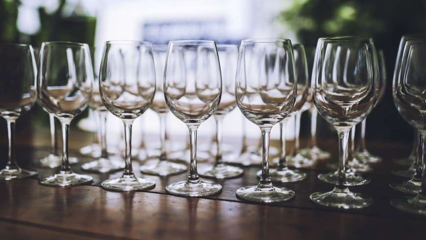 Does Wine Age Matter?